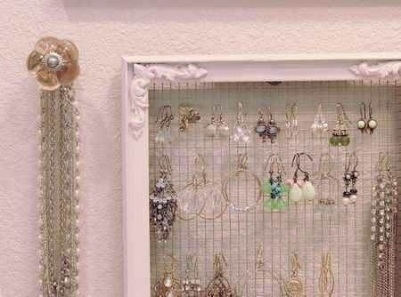 Earring holder 2