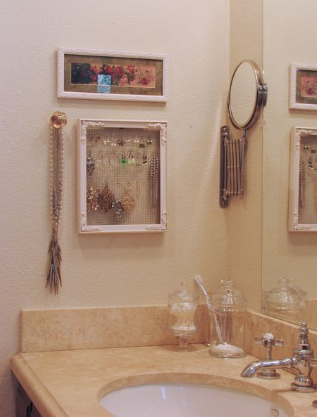 Earring holder 3